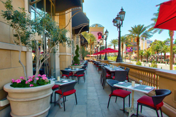 Lavo Brunch Entry Level:Terrace Table Location